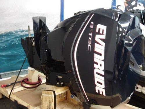 Evinrude E-Tec V4 115 лс