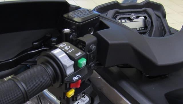 Сравнение BRP Outlander 570 MAX XT и Yamaha Grizzly
