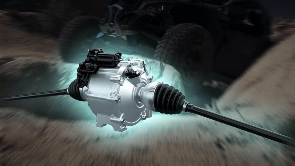 Honda Pioneer: Side-by-side с нестандартными решениями